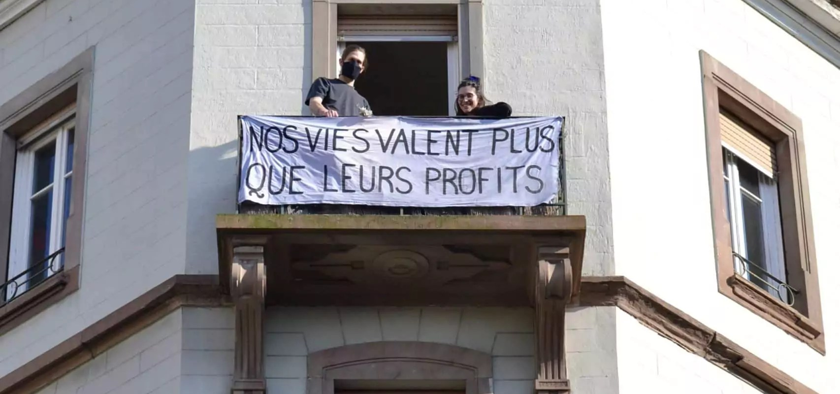Pour le 1er mai confiné, les syndicats appellent à manifester aux balcons
