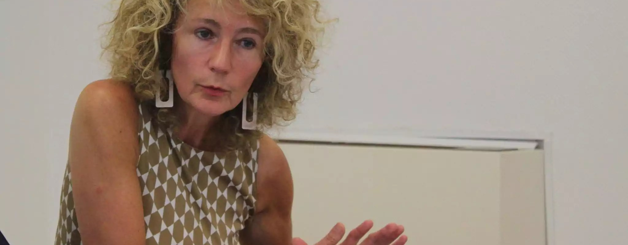 Martine Wonner, une députée sous influence complotiste