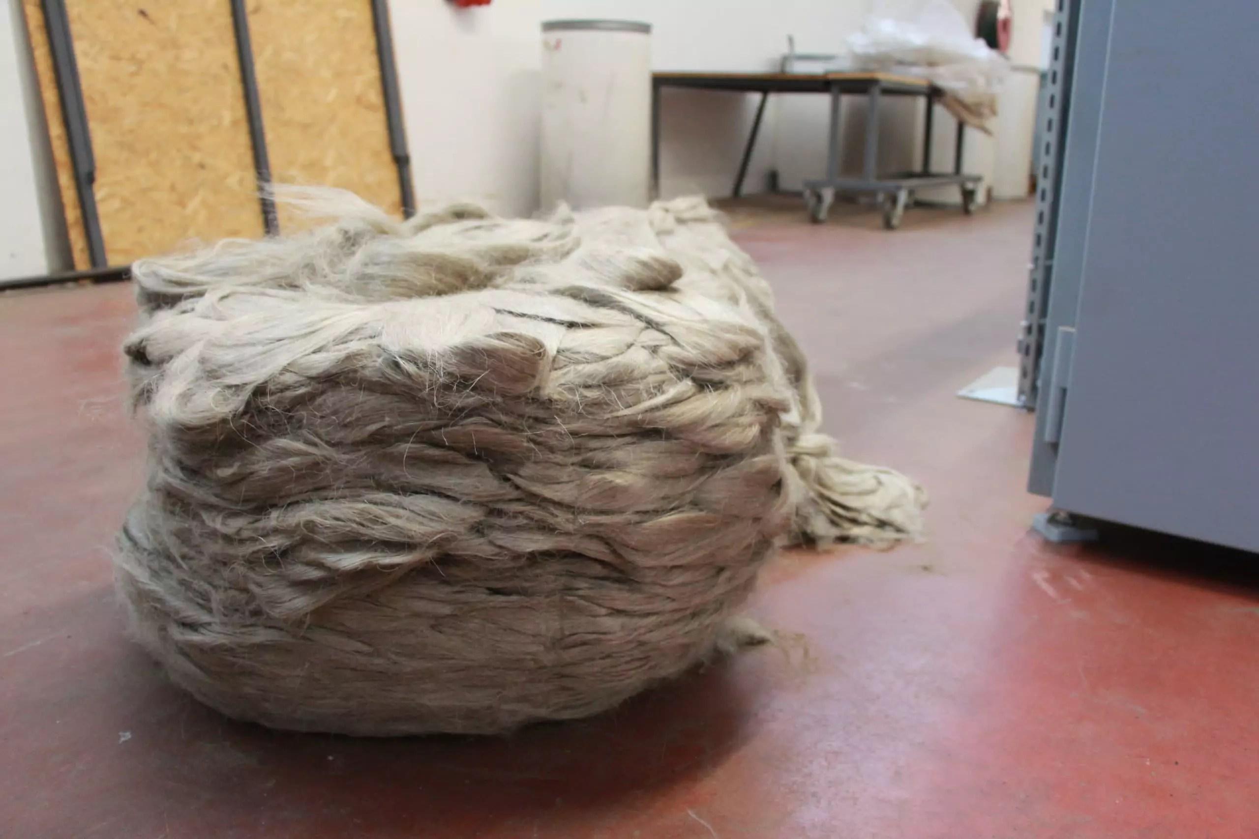 Le lin arrive sous cette forme à la filature.