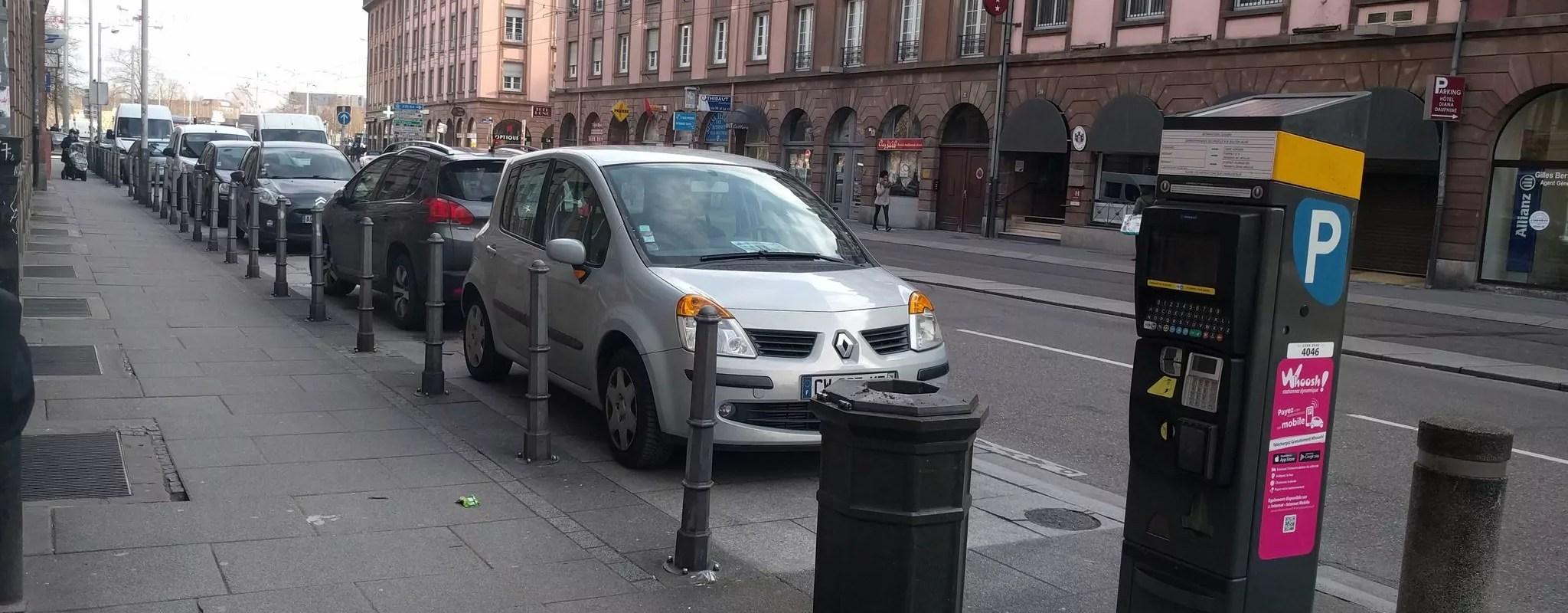 Le luxe de garer sa voiture devant chez soi en débat au conseil municipal