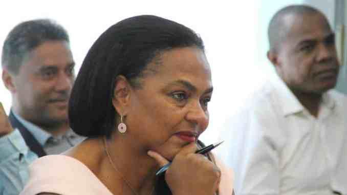 Maryze Etzol, maire de Grand-Bourg