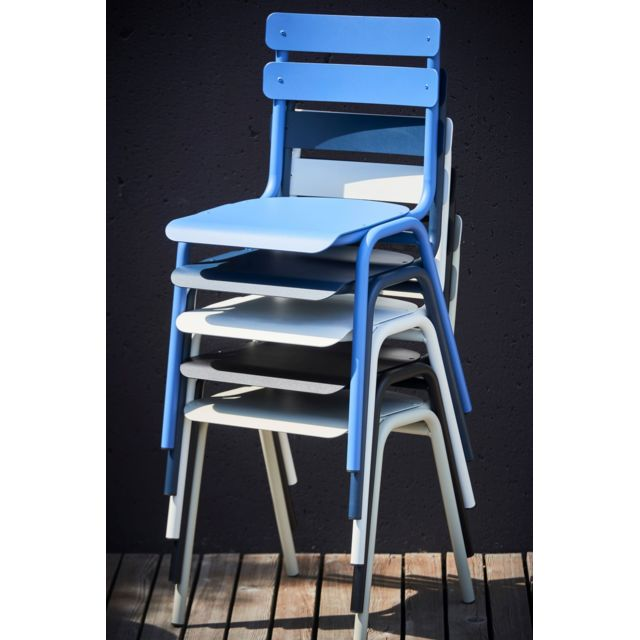 chaise one bleu fonce