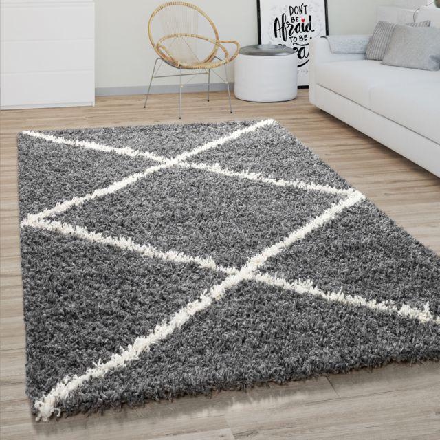tapis poils longs salon shaggy motif losanges scandinave moderne gris fonce