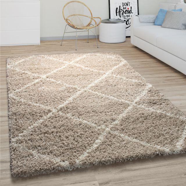 tapis de salon poils longs shaggy motif losanges scandinave moderne beige