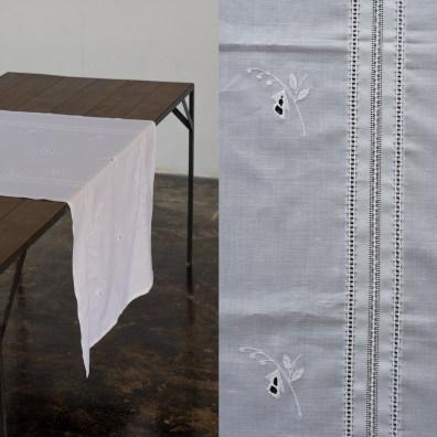 白・刺繍 182㎝ × 80㎝