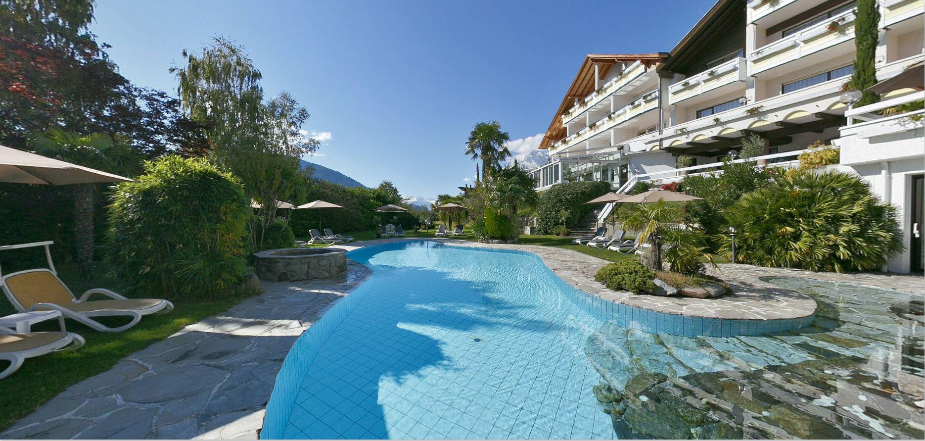 Hotel con piscina Tirolo vicino a Merano