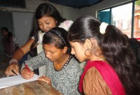 Pari, Lama, and Sonu work together as a team