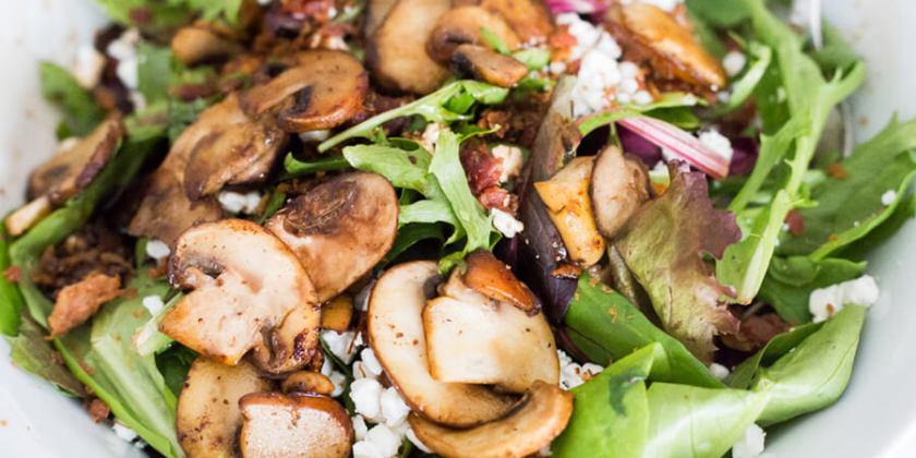 Mushrooms & Goat Cheese Salad