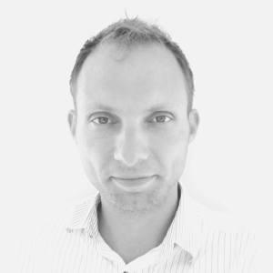 Pedro r uddannet sprogofficer og folkeretsjurist. Han har blandt andet været researcher og medforfatter på den danske militærmanual om folkeret i internationale operationer og er stifter af rådgivningsvirksomheden Publique.