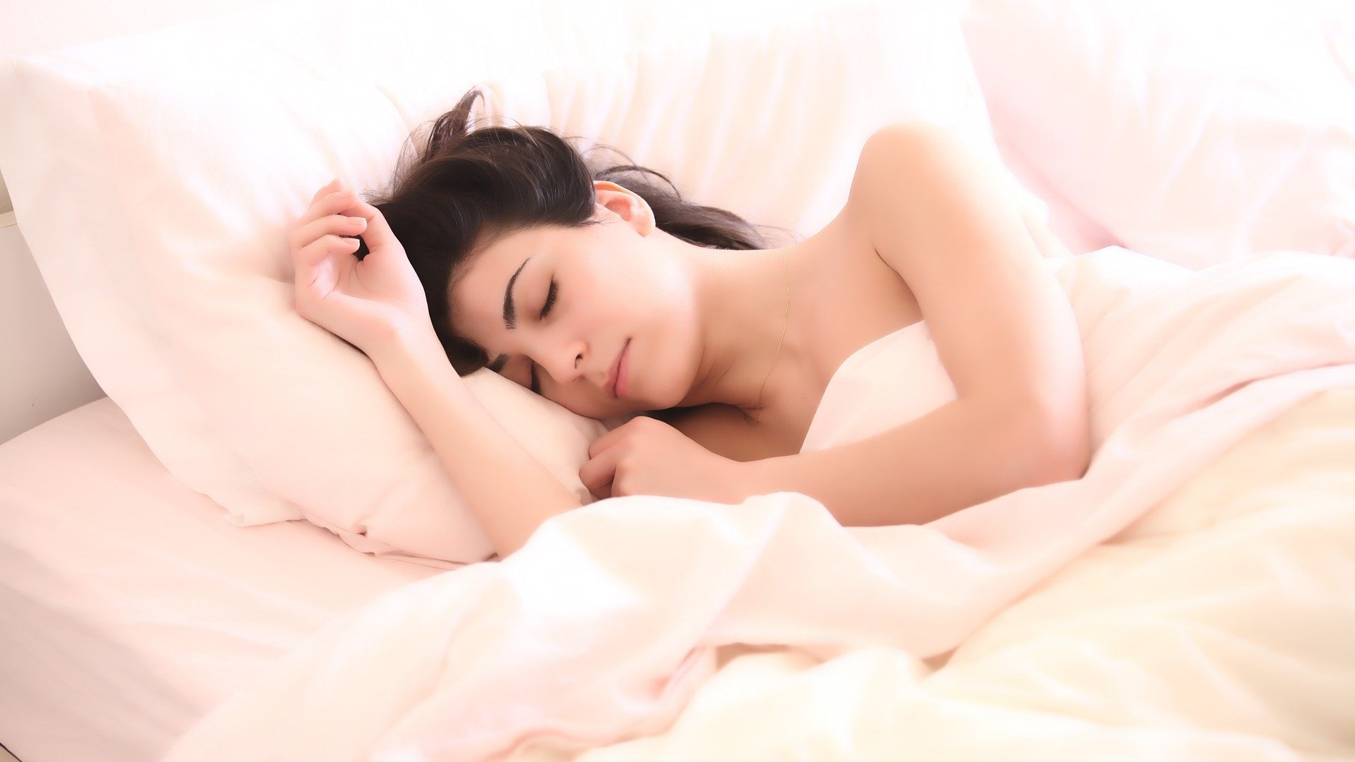 Slapende vrouw, moe