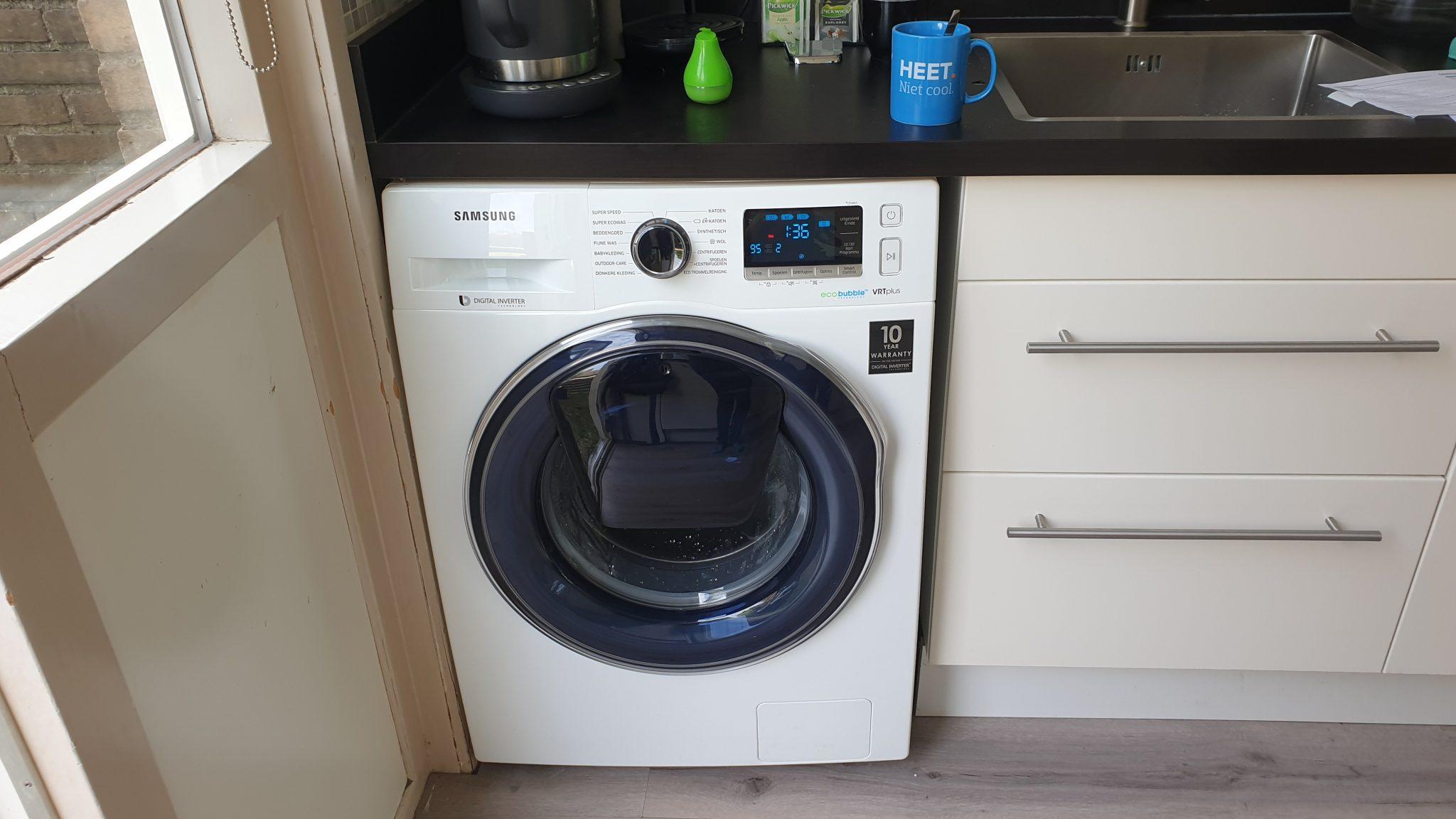 Onze nieuwe wasmachine werd in de ochtend geleverd