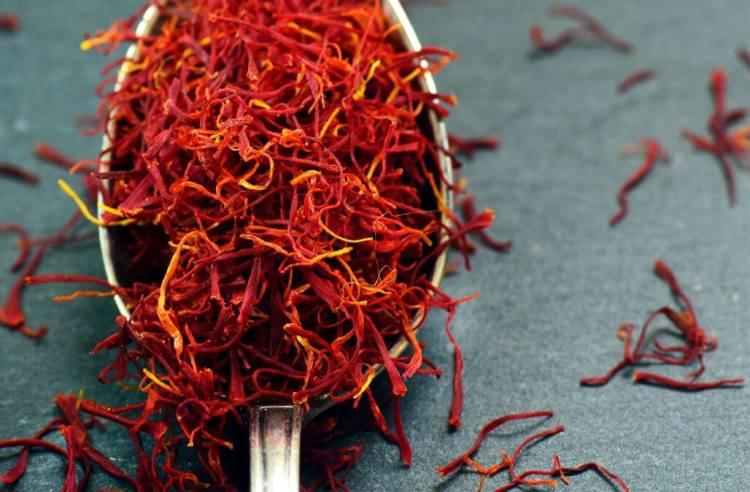 manfaat saffron pereda nyeri haid menstruasi lebih nyaman, rumah saffron