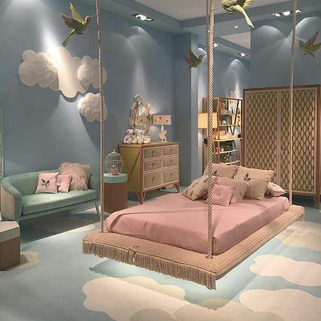 Flying carpet bed... Wow ini impian anak anak... Bisa menjadi inspirasi design interior kamar anak .  Jangan lupa like dan comment biar kami tau apa yang anda suka design apa
