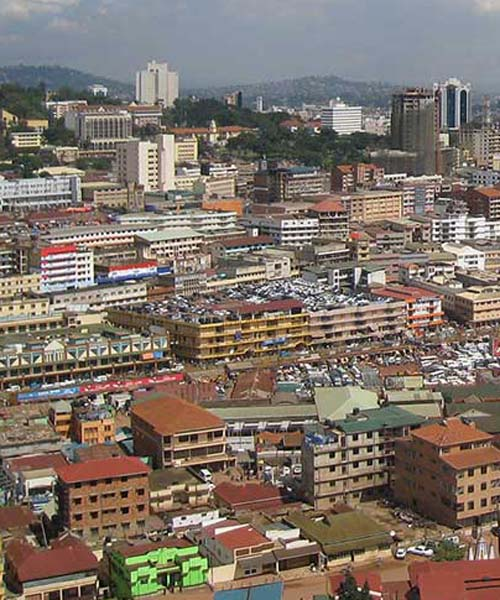 1 day walking safari to visit Kampala city and its buildings