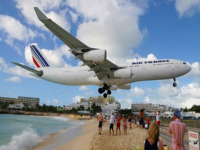 TOP TEN EXTREME AIRPORTS
