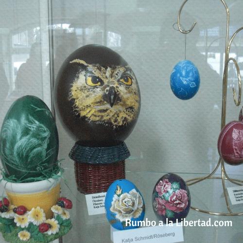 Huevos de pascua de varios tamaños