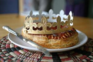 法國國王餅(攝影/Steph Gray_flickr. C.C.License)https://flic.kr/p/9Bx6Cw