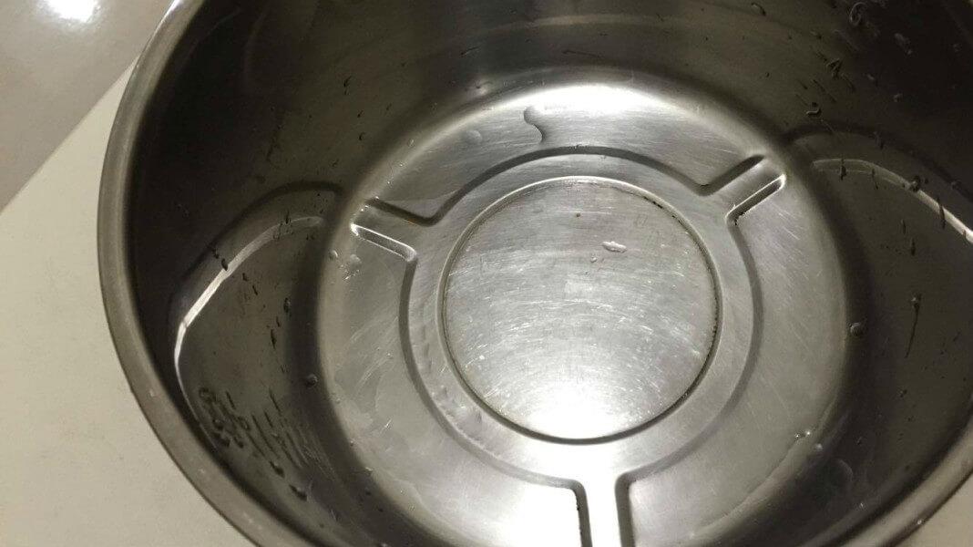 電子鍋內鍋煮飯有毒