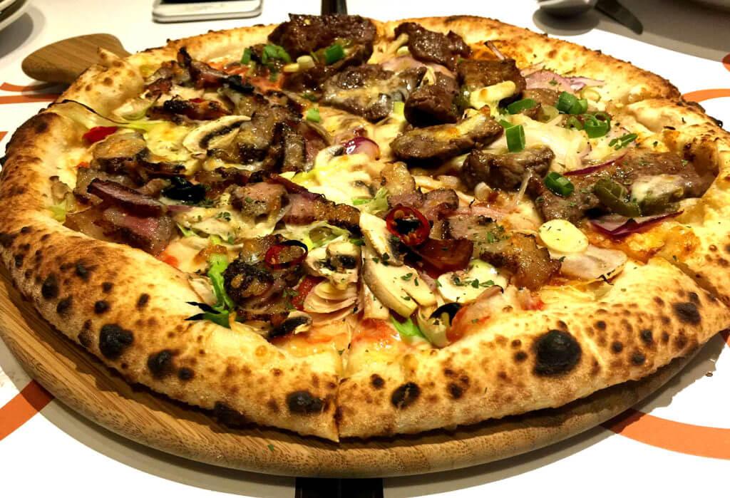 皮諾可可雙拼比薩
