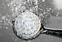 洗頭用溫水最適宜。(圖片來源:https://pixabay.com)