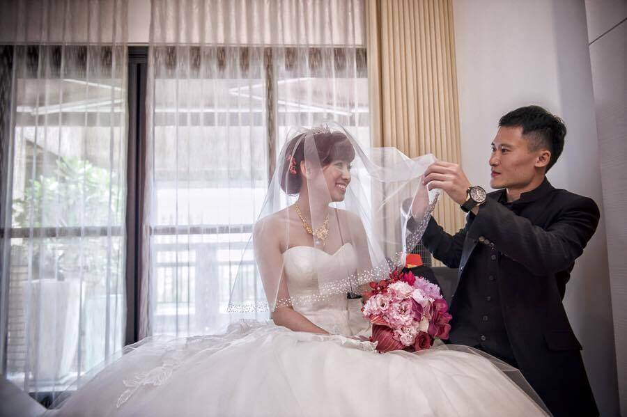出嫁的女兒每到閏年,必須買豬腳為娘家母親添福壽。(圖片來源:米可白臉書)