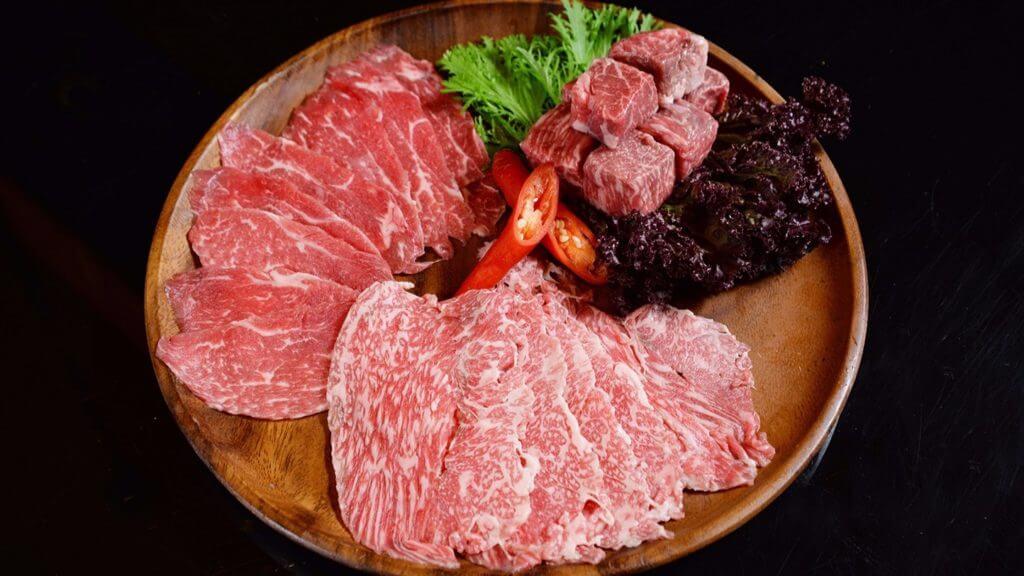 晶英軒「日本和牛火鍋」套餐日本和牛生產履歷。(台南晶英酒店提供)