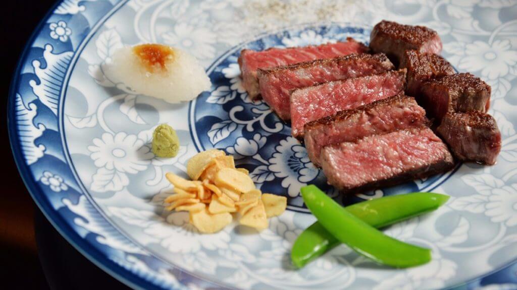 ROBINS鐵板燒和王套餐。(台南晶英酒店提供)