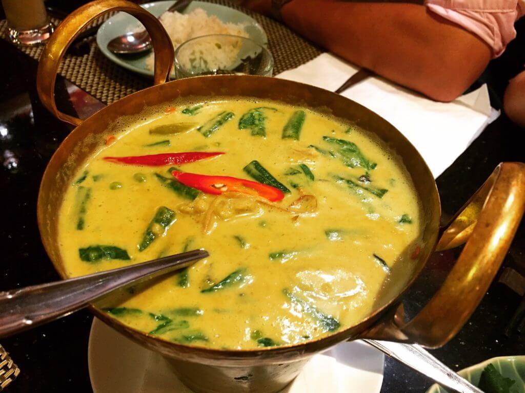 暹廚泰式料理餐廳綠咖哩雞。(圖/吐司客拍攝)
