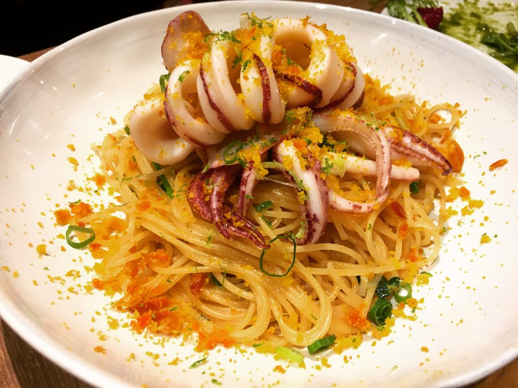 Cin Cin Osteria 請請義大利餐廳透抽烏魚子義大利麵。(圖/吐司客拍攝)