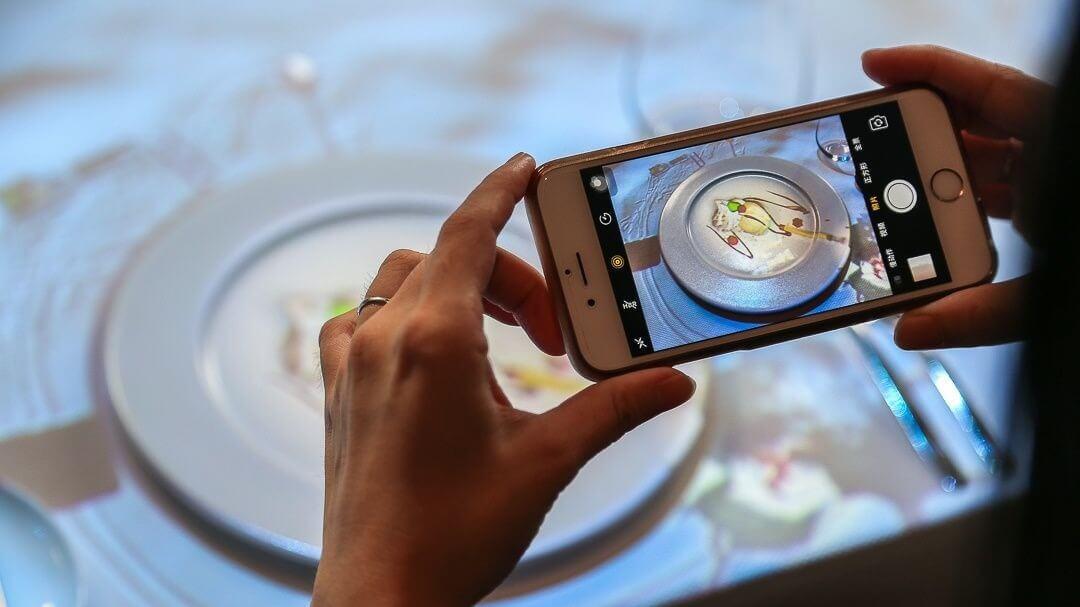 台南晶英酒店將引進比利時團隊利用3D裸視投影結合料理的餐桌秀。(圖/台南晶英酒店提供)