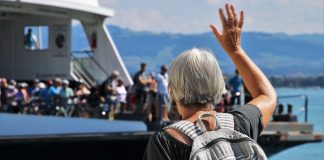 大陸旅遊局新規定 ,超過80周歲以上,旅行社不允許收了?這項規定不存在!(圖片來源:https://pixabay.com)