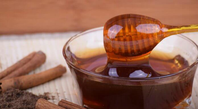蜂蜜有結晶就是假蜂蜜 (圖翻攝自網路)