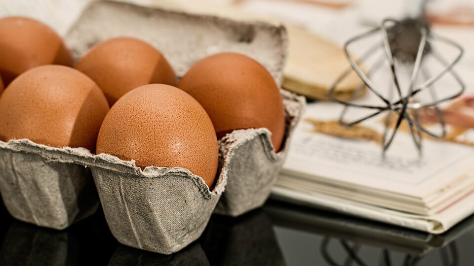 雞蛋久煮蛋黃上黑膜致癌(圖翻攝自網路)