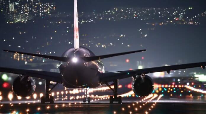 飛機燈代表的意思(圖翻攝自網路)