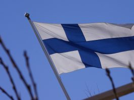 好羨慕 芬蘭總理推「週休3日 」、「每日工時6小時」?你知道這是假新聞嗎?(圖片來源:https://pixabay.com)