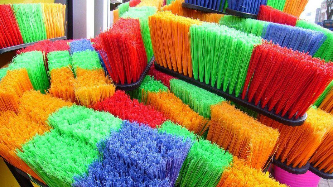 掃把站立日(圖翻攝自網路)