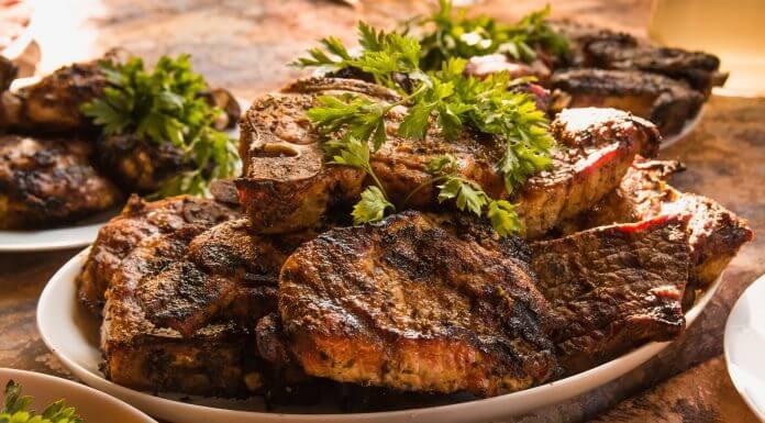 網路瘋傳「 林靜芸醫師 :老人該考慮多吃肉」文章,小心錯誤老謠言當跟屁蟲!(圖片來源:https://pixabay.com)
