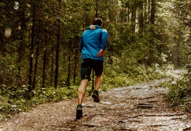 Road Running Shoes vs Trail Running Shoes