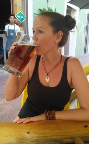... und Bier in vernünftigen Größen!
