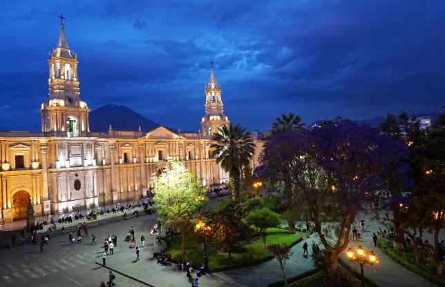 Arequipa_Kathedrale (6)_b