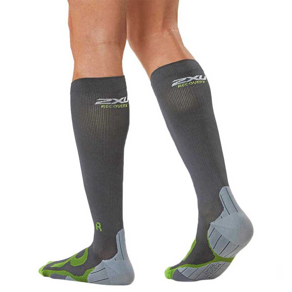 2xu Compression Recovery Black buy and offers on Runnerinn