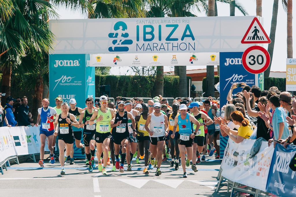 """La settimana prima della Maratona di Boston lo """"scarico"""" lo faccio alla Ibiza Marathon"""