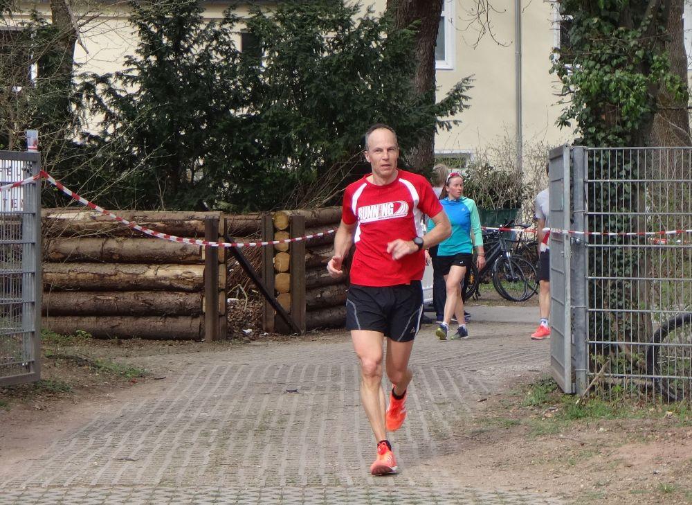 RUNNING Company Wolfgang Krause