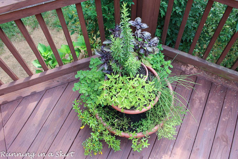 https://www.runninginaskirt.com/how-to-make-an-herb-tower/