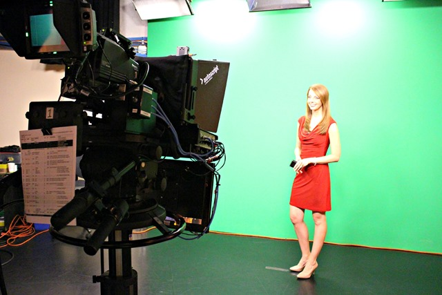 Julie_Wunder_WLOS_green_screen.jpg