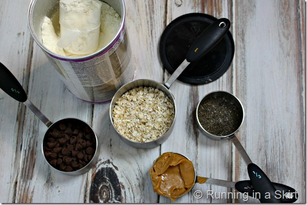 no_bake_peanut_butter_protein_bites