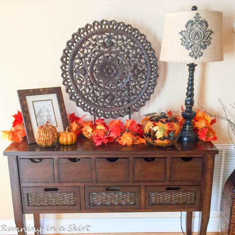 Fall Entry Table Decor
