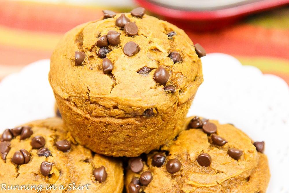 3-ingredient-pumpkin-chocolate-chip-muffins-7