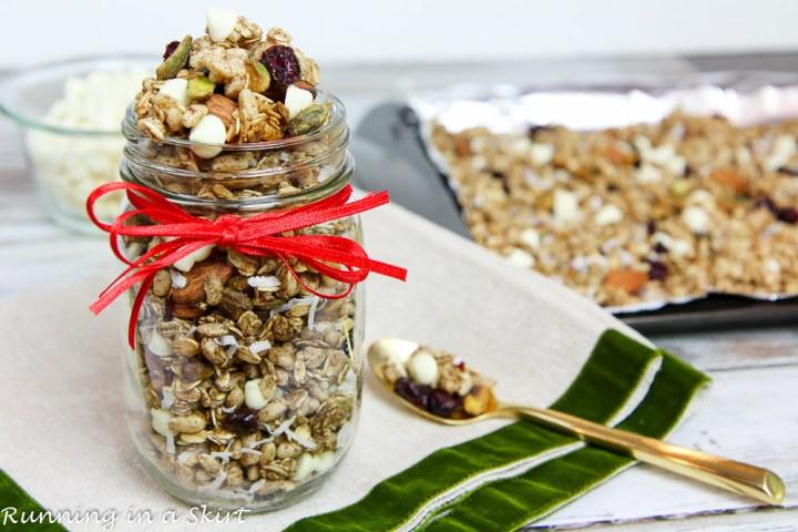 Healthy Crock Pot Christmas Granola recipe / Running in a Skirt
