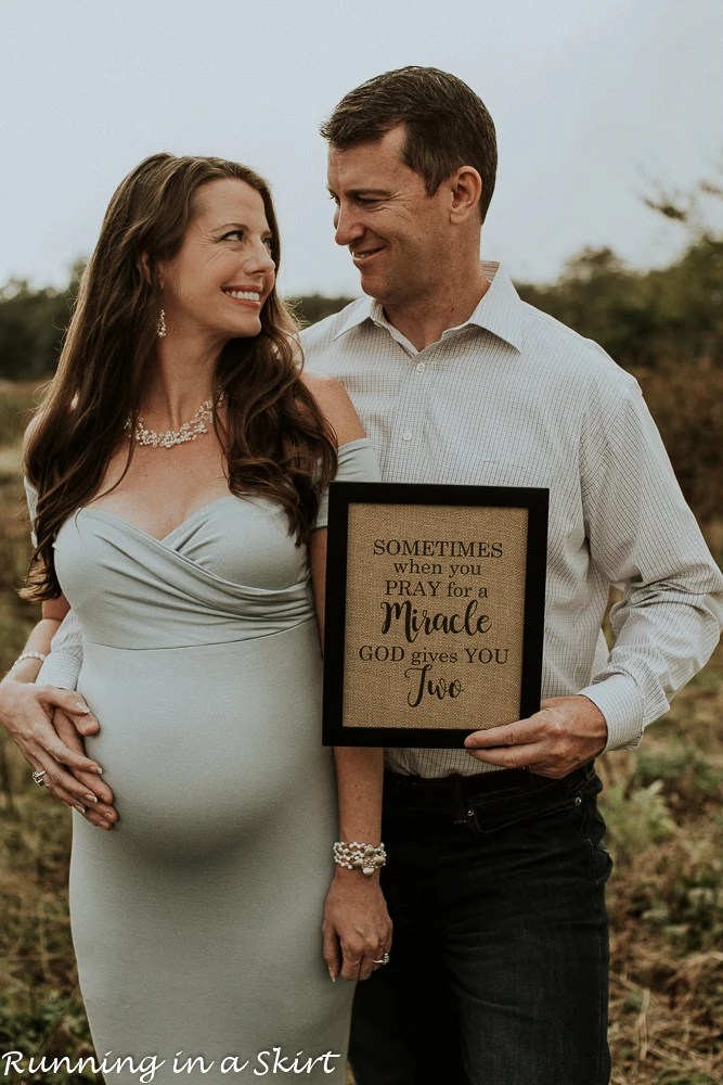 twin maternity photos
